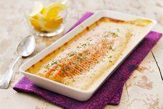 Uunikala on kätevä ruoka, se syntyy uunissa kuin itsestään. Kalan kypsyessä uunissa ehdit keittää perunat tai riisin. Lohi sopii erityisen hyvin kastikkeelliseen uuniruokaan, koska siinä ei ole pieniä ruotoja.http://www.valio.fi/reseptit/uunilohi/