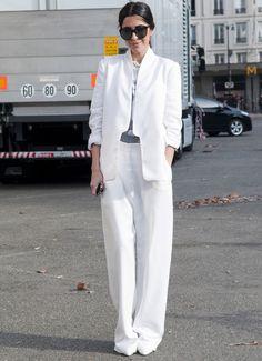 Blanco neutral-El traje se reinventa!