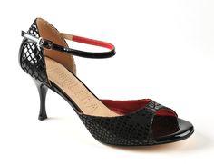 . Tango Shoes, Tango Dance, Kitten Heels, Fashion, Ballroom Dance, Foot Pads, Boutique Online Shopping, Heels, Black People