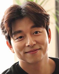 Gong Yoo Smile, Yoo Gong, Asian Actors, Korean Actors, Goong Yoo, Goblin Gong Yoo, Lee Dong Wook, Actor Photo, Action Film