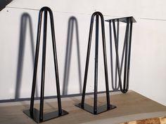 Découvrez notre gamme de hairpin legs et pieds en épingle pour personnaliser vos meubles de façon originale et singulière.