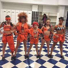 Kendall Vertes, Kalani Hilliker, Mackenzie Ziegler, Maddie Ziegler and Nia Frazier in full costume and makeup backstage. Can't wait for this dance! It's a cool, funky jazz routine from Orange Is the New Black. Dance Moms Costumes, Dance Moms Dancers, Dance Mums, Dance Moms Girls, Just Dance, Dance Outfits, Group Costumes, Girl Outfits, Mackenzie Ziegler