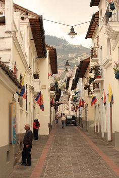 ღღ Wow... It looks like a Bavarian  or Austrian little town  ~~~Calle La Ronda in Quito, Ecuador (by Old Chippy).
