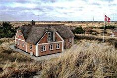 Hier gibt es super Last Minute Ferienhäuser in Dänemark:  http://www.luxus-ferienhaus-daenemark.de/daenemark-ferienhaus-last-minute/last-minute-ferienhaus-daenemark.php