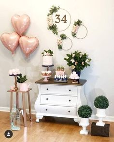 [New] The Best Home Decor (with Pictures) These are the 10 best home decor today. According to home decor experts, the 10 all-time best home decor. Simple Birthday Decorations, Valentines Day Decorations, 40th Birthday Parties, Gold Birthday, Gold Bridal Showers, Its My Bday, House Party, Holidays And Events, Decor Interior Design