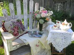 "Bernideen's Tea Time Blog: IT'S ""TEA IN THE GARDEN"""