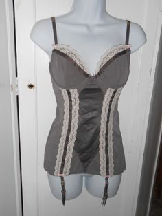 VICTORIA'S SECRET Taupe Corset with Attached Garter Straps Sz 36C NEW w/TAGS #VictoriasSecret