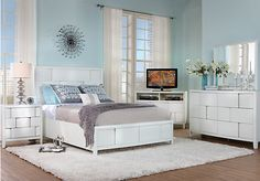 Merveilleux Lynwood White 7 Pc Queen Bedroom
