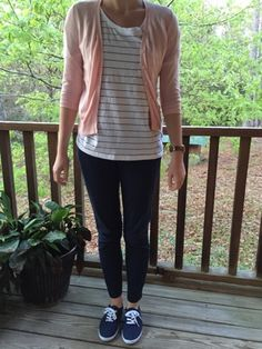 A student teacher's outfit guide to teacher fashion plus a dose of inspiration