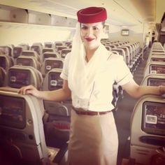 Emirates stewardess crewfie @helenanatalia
