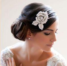 20 Peinados para novias  www.smilelit.com
