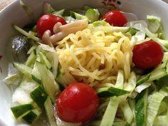 冷やしラーメン(。・ω・)冷たい塩スープに野菜盛り盛り。柚子胡椒でピリッと。 - 3件のもぐもぐ - 冷やし塩ラーメン by onsyokdou