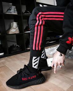 """Adidas Yeezy V2 """"Bred"""""""