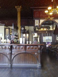 Like the woodwork on this bar.