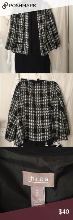 Chico's Plaid Tweed Blazer. SZ 3 (XL) EUC! Great Jacket com Chico's! Black/White/Gray plaid jacket that can be worn as suiting separate or dressed down with jeans. Great condition! Chico's Jackets & Coats Blazers