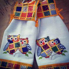 Bate mão patchwork #bordadoscomputadorizado #bordados #barudan #aplicação #atelier #atelie #copa #cozinha #galinhas#panos #panosdecopa #panosdeprato