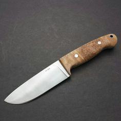 Drop point bushcraft knife in 1095.