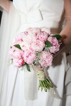 The most beautiful Wedding Bouquet in the world, mine!