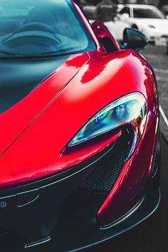 Luxury Limitless - vividessentials:   McLaren P1 | vividessentials