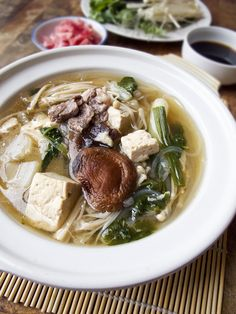 Get this Popular and Easy Japanese Hot Pot recipe from Pickled Plum. Yosenabe: Step by Step Photo Recipe.
