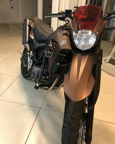 List of attractive hornet carburada cinza ideas and photos Bike Engine, Super Bikes, Street Bikes, Motorcycle Helmets, Custom Bikes, Ducati, Cars And Motorcycles, Motorbikes, Honda