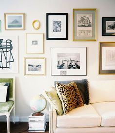 Gallery Wall // gold accents // living room