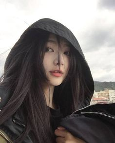 I will be posting ulzzang girls if your in love with them then please check out my posts! There will also be ulzzang boy's. However i will only be posting like 4 or less photos a day!