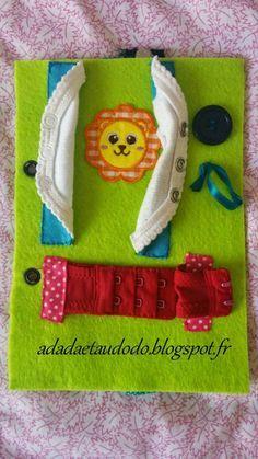 DIY: Abschlussseite für das Filzbuch (Quiet Book) – At dada and dodo! Diy Quiet Books, Baby Quiet Book, Felt Books, Felt Crafts, Diy And Crafts, Fidget Blankets, Fidget Quilt, Busy Book, Toy Craft