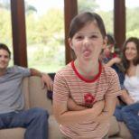 La respuesta es afirmativa y las consecuencias pueden repercutir en la adultez, según el artículo reciente