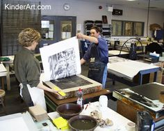 Photos of the Creation of a Litho Print: Printmaking Lessons for Kids: KinderArt ® Lessons For Kids, Art Lessons, School Lessons, Litho Print, Smart Art, High Art, Linocut Prints, Teaching Art, Art Techniques