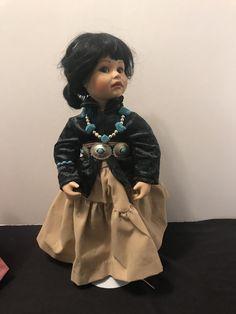 Silver Butterfly /& Dark Reflective Bead Belt for American Model 22 in Doll