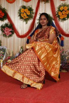 The Grace of Saree ! Beautiful Girl Indian, Most Beautiful Indian Actress, Beautiful Black Women, Cute Beauty, Beauty Full Girl, Beauty Women, South Indian Actress Hot, South Indian Bride, Girl Friendship