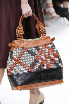 Details of Burberry Prorsum Spring 2012 Collection