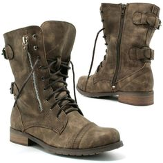 Classic military boots!