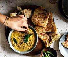 Roti with chana dhal recipe :: Gourmet Traveller Roti mit Chana Dal Rezept :: Gourmet Traveller Indian Food Recipes, Vegan Recipes, Cooking Recipes, Curry Recipes, Rice Recipes, Gourmet Recipes, Ethnic Recipes, Best Vegetarian Dishes, Vegetarian Curry