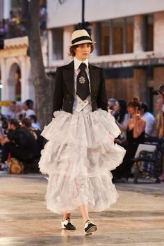 Chanel's Cruise 2017 captures the same easy breezy essence of it's Cuban venue. See more looks from the show: