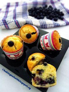Baking Taitai 烘焙太太: Quick and Easy Blueberry Yogurt Muffins 简易蓝莓酸奶马芬 (中英食谱教程)