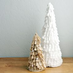 'Tis the Season For a Coffee-Filter Christmas Tree DIY