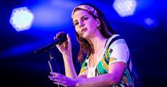 Lana Del Rey Sets 2018 LA to the Moon Tour #headphones #music #headphones