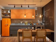 cozinha laranja Mais