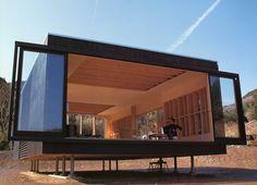 Aerohouse, compact living