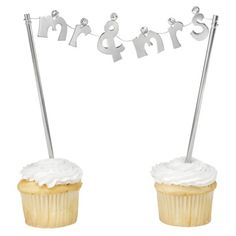 Mr. and Mrs. Banner Cake Topper at Target. @Marguerite Vasquez This is AWESOME!