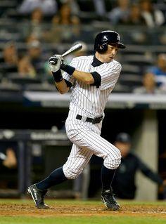 4c02dc3e672 Ichiro Suzuki  31 of the New York Yankees hits a single in the ninth inning