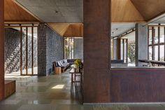 Galería de Retiro en las Sahyadris / Khosla Associates - 11
