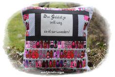 Schuh+Kissen+mit+Spruch++in+edlem+schwarz+grau++von+Antjes+Design+auf+DaWanda.com
