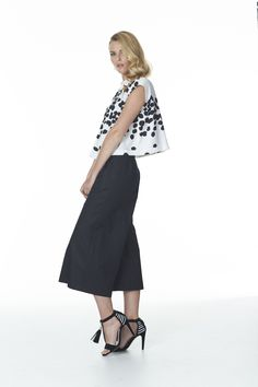 Midi Skirt, Skirts, Pants, Fashion, Trouser Pants, Moda, Fashion Styles, Women Pants, Skirt