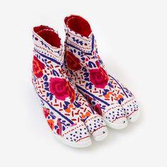 Marugo Split Toe Shoes Cross Stitch
