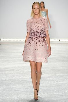 REPIN this Monique Lhuillier look and it could be yours to rent next season on Rent the Runway! #RTRxNYFW