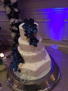 The Founders Inn And Spa Wedding Cakes