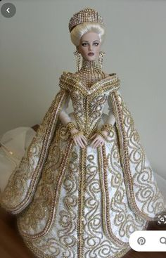 Barbie Wedding Dress, Barbie Gowns, Barbie Dress, Barbie Clothes, Beautiful Barbie Dolls, Pretty Dolls, Fashion Royalty Dolls, Fashion Dolls, Ooak Dolls